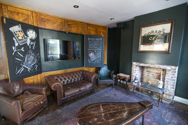 The Private Lounge The Ten Bells pub closures