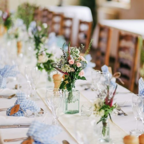 decorate your venue on a budget DIY flowers event table