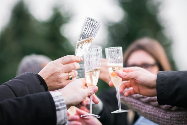 how to plan an event celebrate champagne