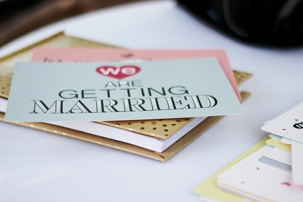 wedding invitation event planning tips