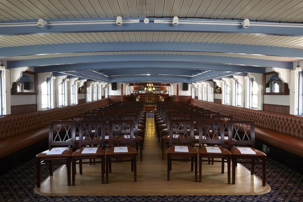 Thames Luxury Charters presentation